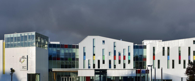 以空白油画布作为灵感的校园建筑·温哥华 Emily Carr 艺术与设计大学 | dsai+cta