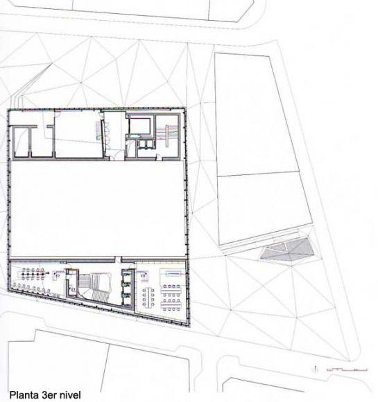 漂浮的艺术胜地 马德里 CaixaForum 文化中心   HERZOG & DE MEURON