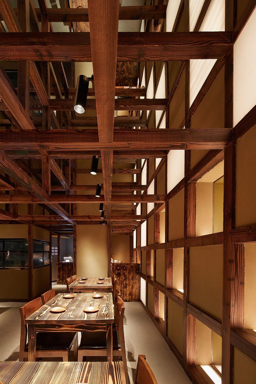 两种风格拼合而成的餐厅,成都炉端烧源六+会席尺八 | 堤由匡建筑设计工作室|堤由匡建筑设计工作室 - 5