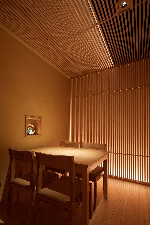 两种风格拼合而成的餐厅,成都炉端烧源六+会席尺八 | 堤由匡建筑设计工作室|堤由匡建筑设计工作室 - 12