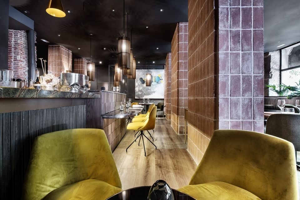 充满温暖舒适气氛的复杂流动性空间,马德里La Cabra餐厅 | Mecanismo