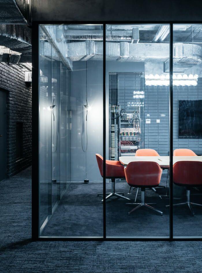 莫斯科Expert Electric现代工业风办公室设计