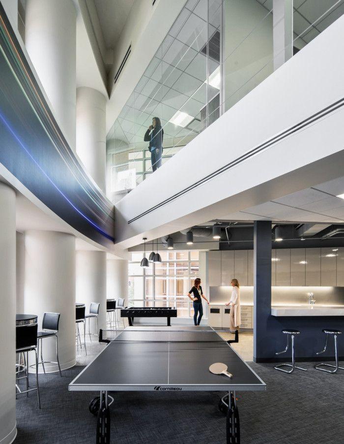 佛罗里达州汽车媒体公司AutoWeb现代风格办公室设计