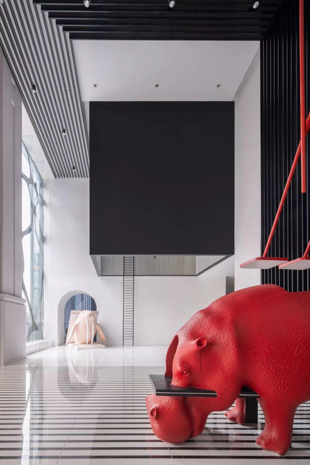 中国首家动物艺术酒店,惊艳设计圈 | 李想