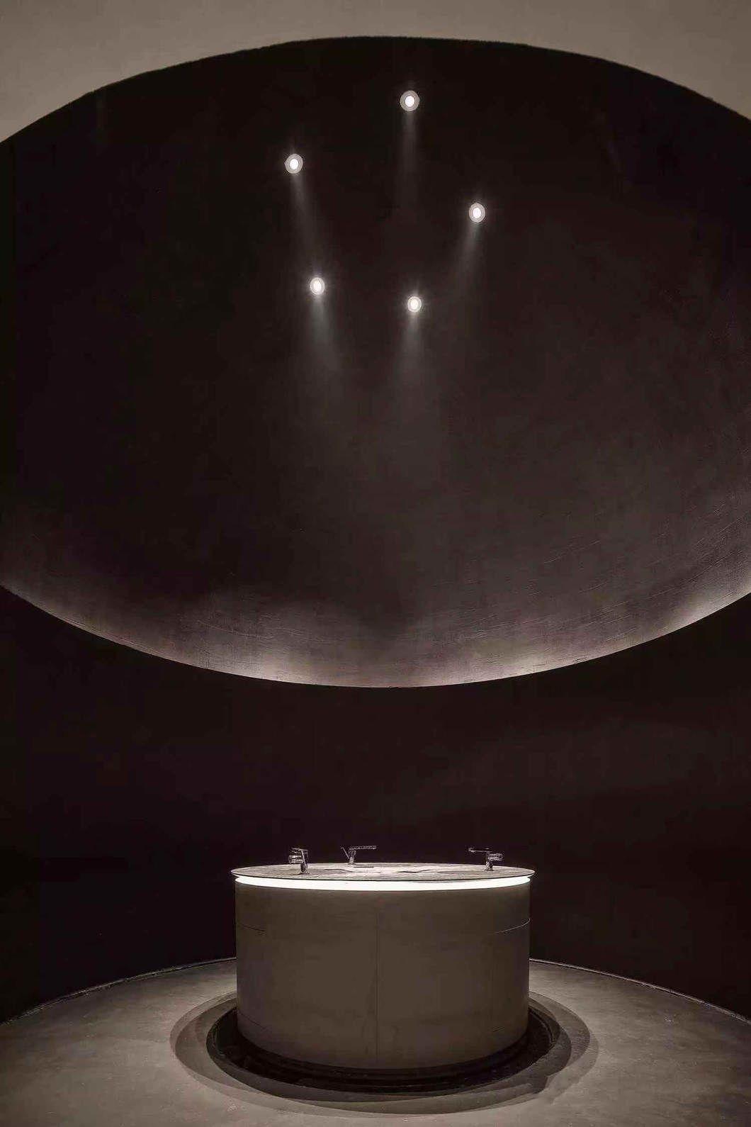 LSDCASA&水相设计:用艺术感打造媲美美术馆的售楼处!
