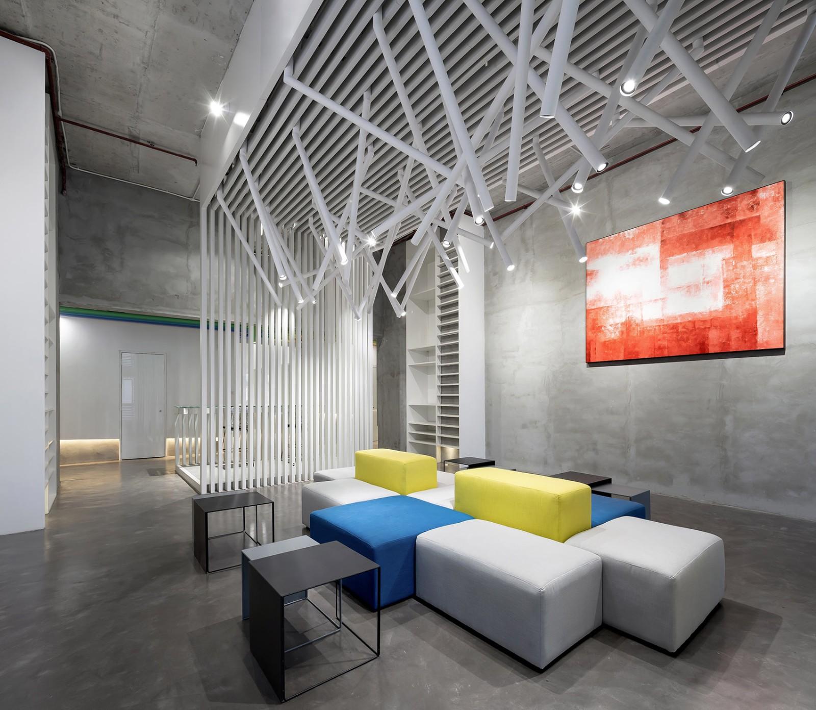 钢筋混凝土中的梦幻彩虹办公设计 | 兆阳O立方热点实现社。