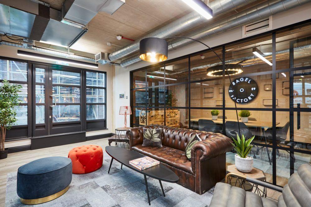 AIS | 英国Bagel Factory办公室设计