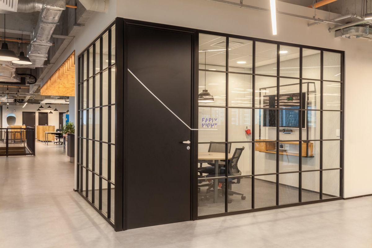 巴西圣保罗SUM UP信用卡公司办公室设计