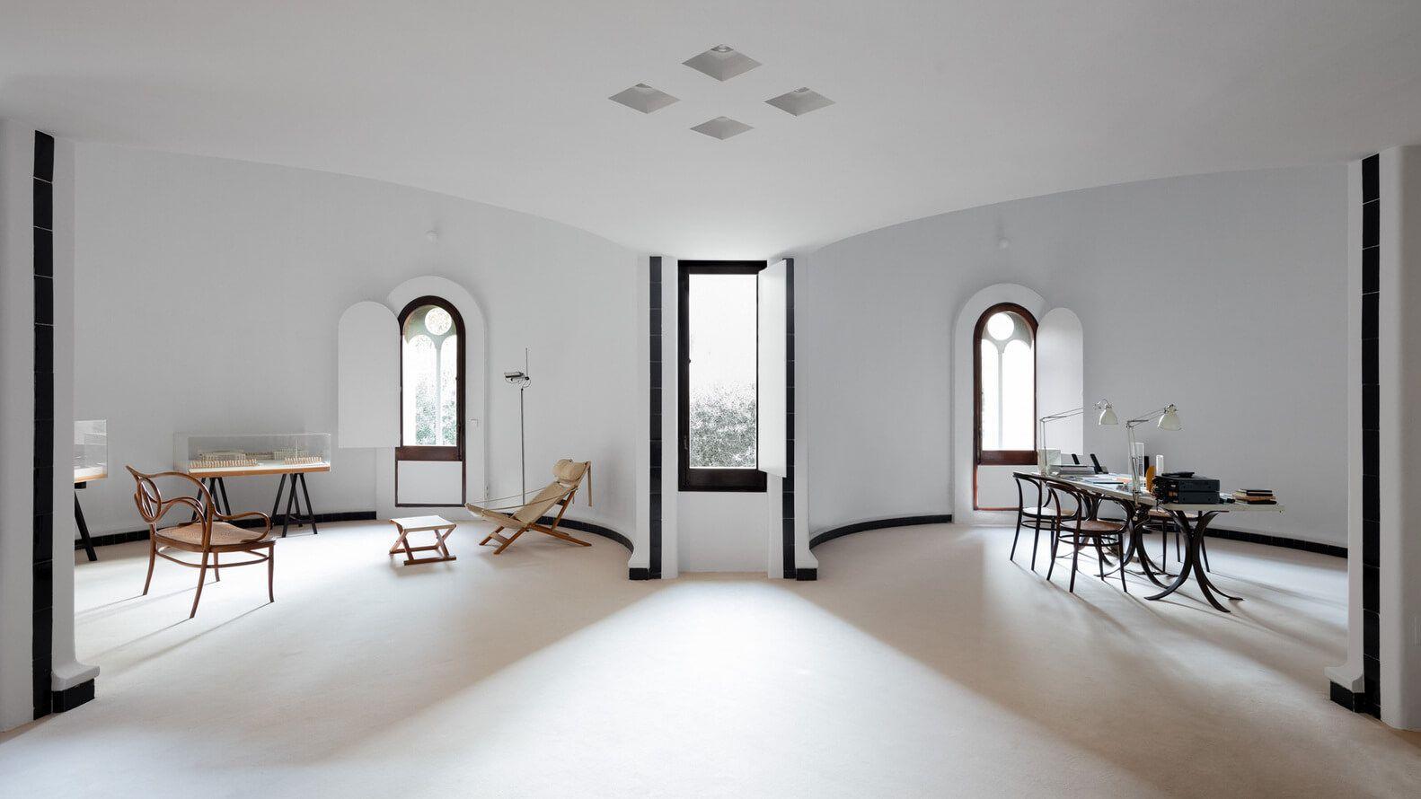建筑改造之西班牙水泥工厂改造自住工作室设计