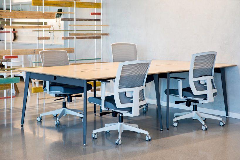 特维拉夫OTOMA金融科技公司办公室设计