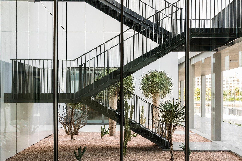 迪拜贾米尔艺术中心 / Serie Architects