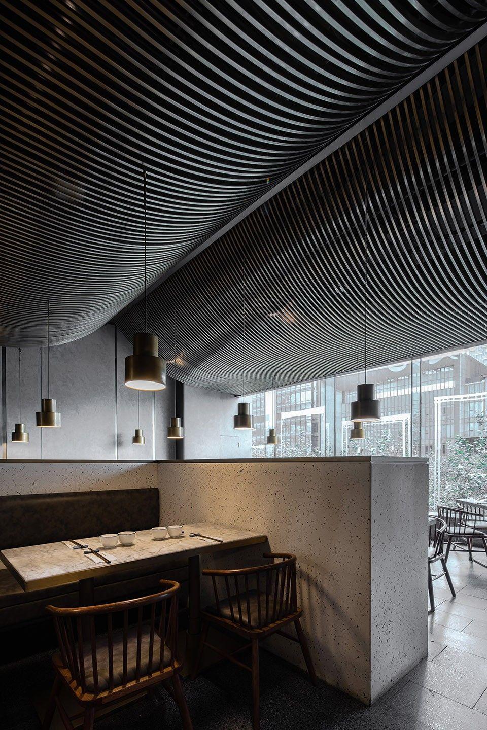 高桌子低板凳面馆,成都 / 大麦设计