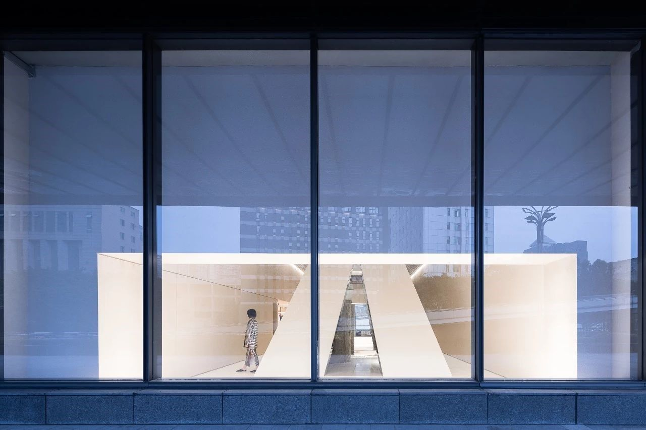 新作 | 先锋格调品牌店,超强的建筑细部表现