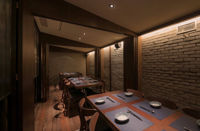 光化门海鲜餐厅 / gongsangplanet