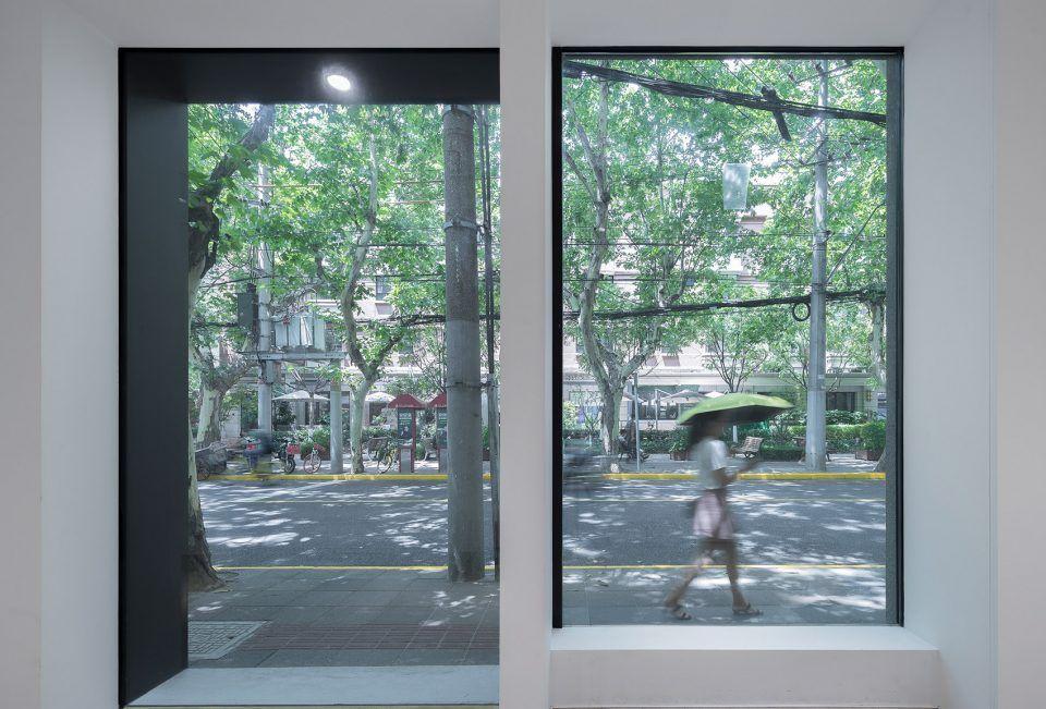 多变的白色纯净画廊·上海FIUFIU画廊 万社设计