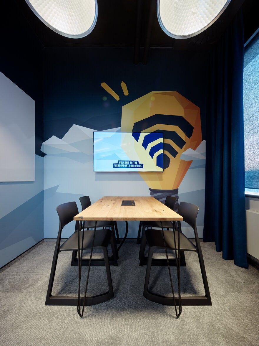 首发 | Studio Perspektiv :IT 网络公司办公室