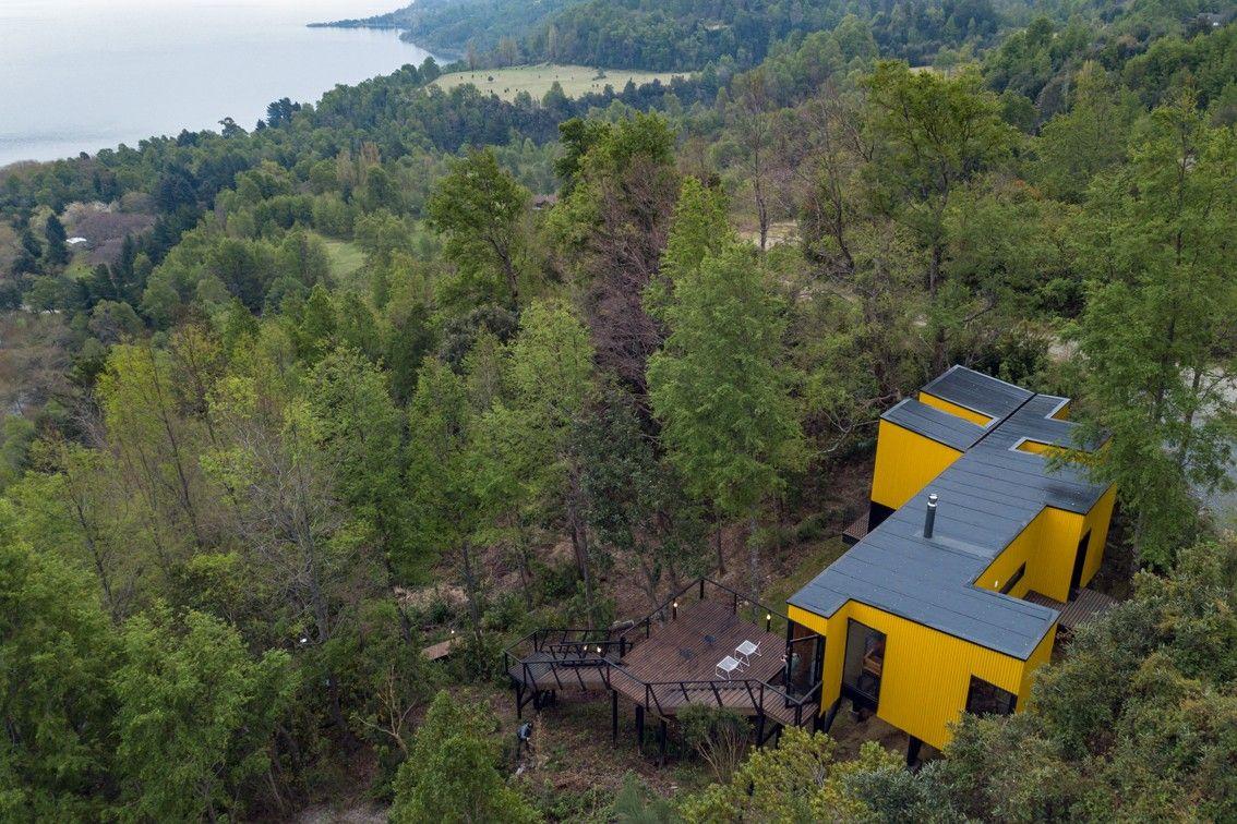 最新 | Alejandro Soffia:黄色屋子