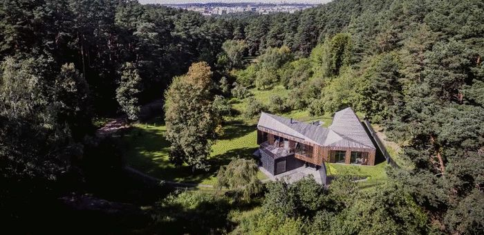真正的隐居,栖于自然丛林中丨这个别墅到底有多高级