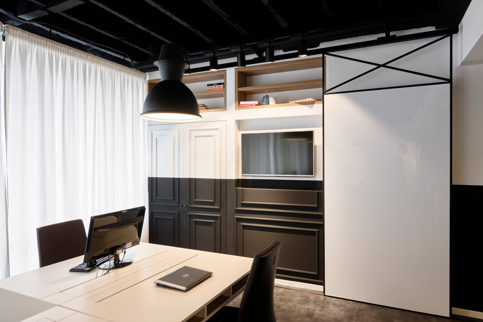Studio OBE | 塞尔维亚欧莱雅办公室