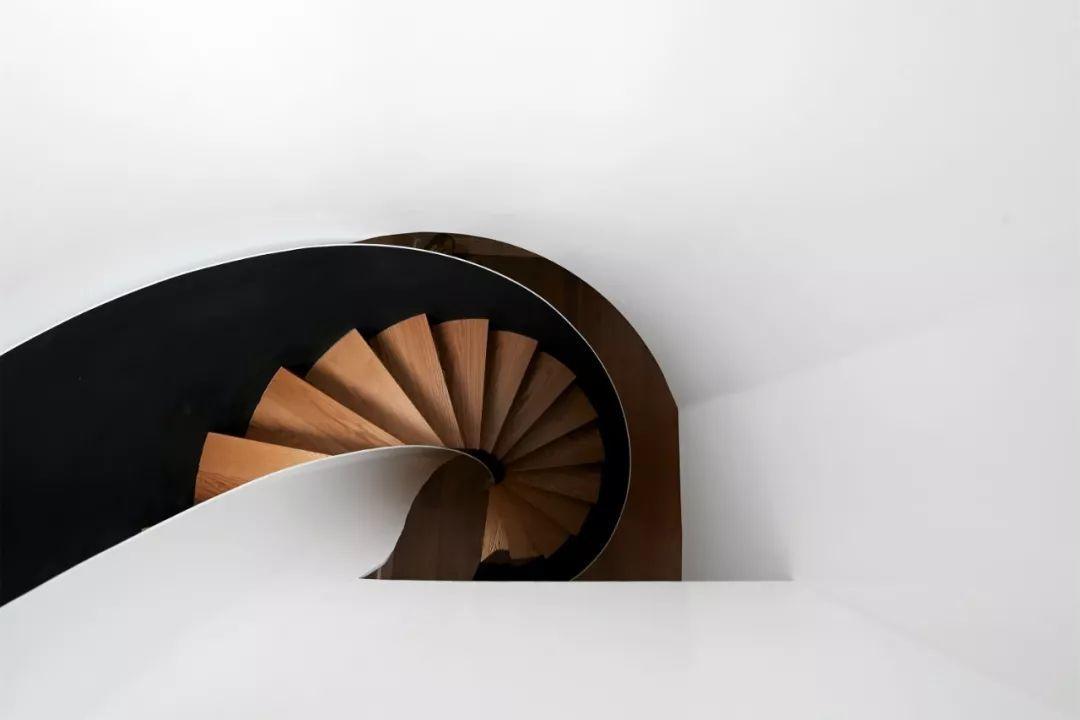 450㎡原木风别墅私宅设计,营造诗意的栖居空间