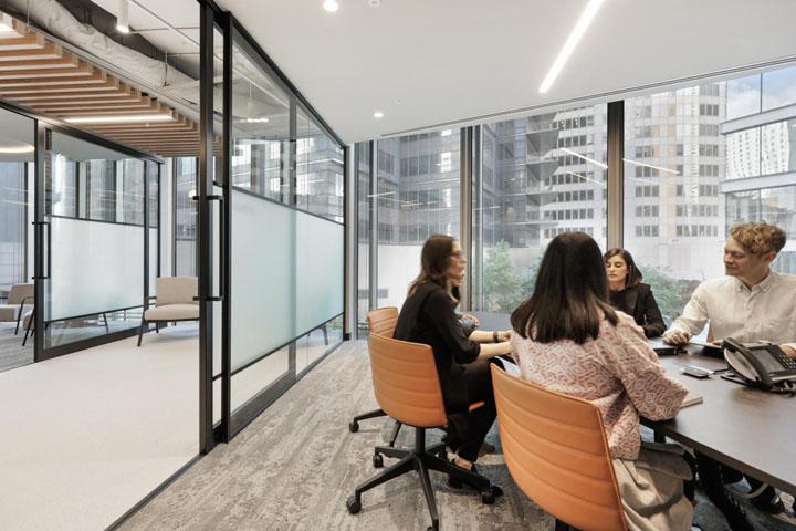 优雅轻奢 企业金融服务商总部设计|Valmont - 4