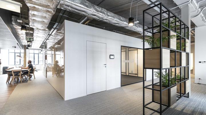 波兰自由之家品牌VOX波兹南总部办公室设计 Bidermann+Wide - 10
