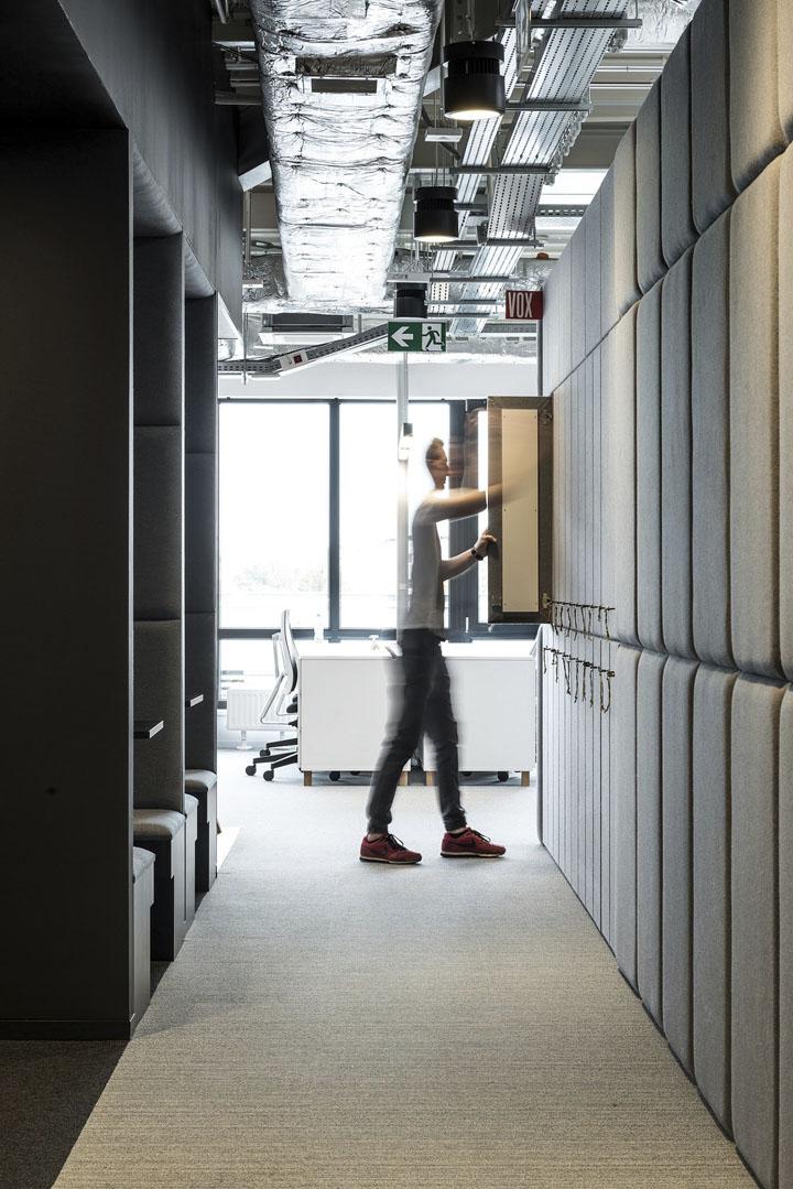 波兰自由之家品牌VOX波兹南总部办公室设计 Bidermann+Wide - 18