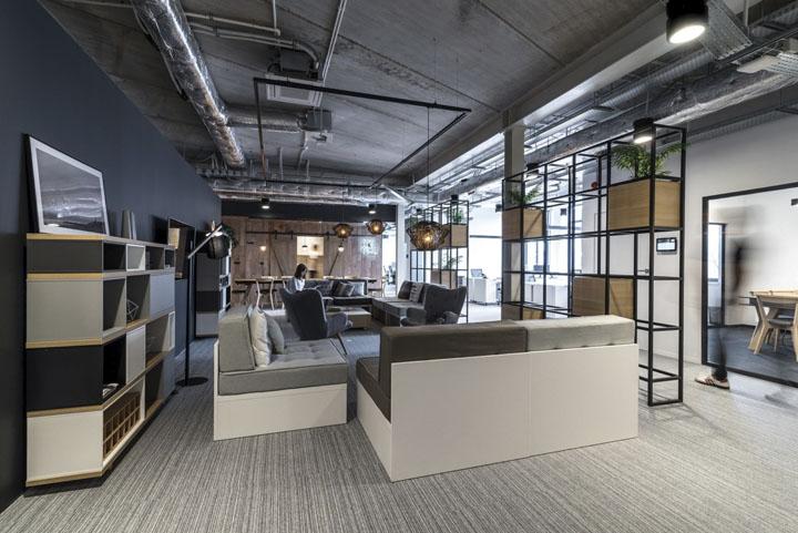 波兰自由之家品牌VOX波兹南总部办公室设计 Bidermann+Wide - 19