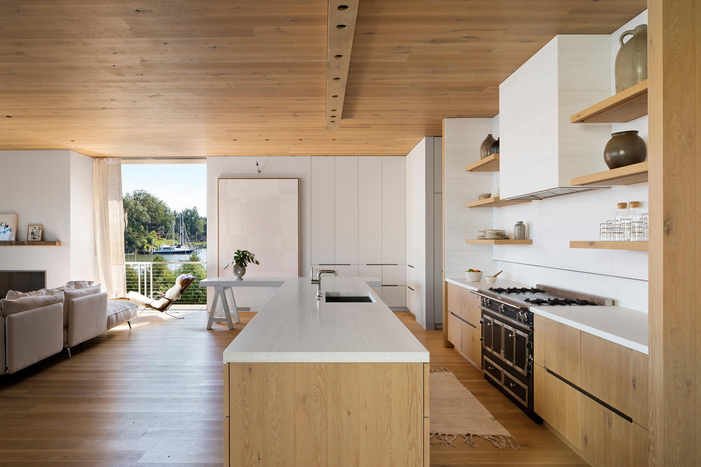 为帆船家庭设计板条木屋