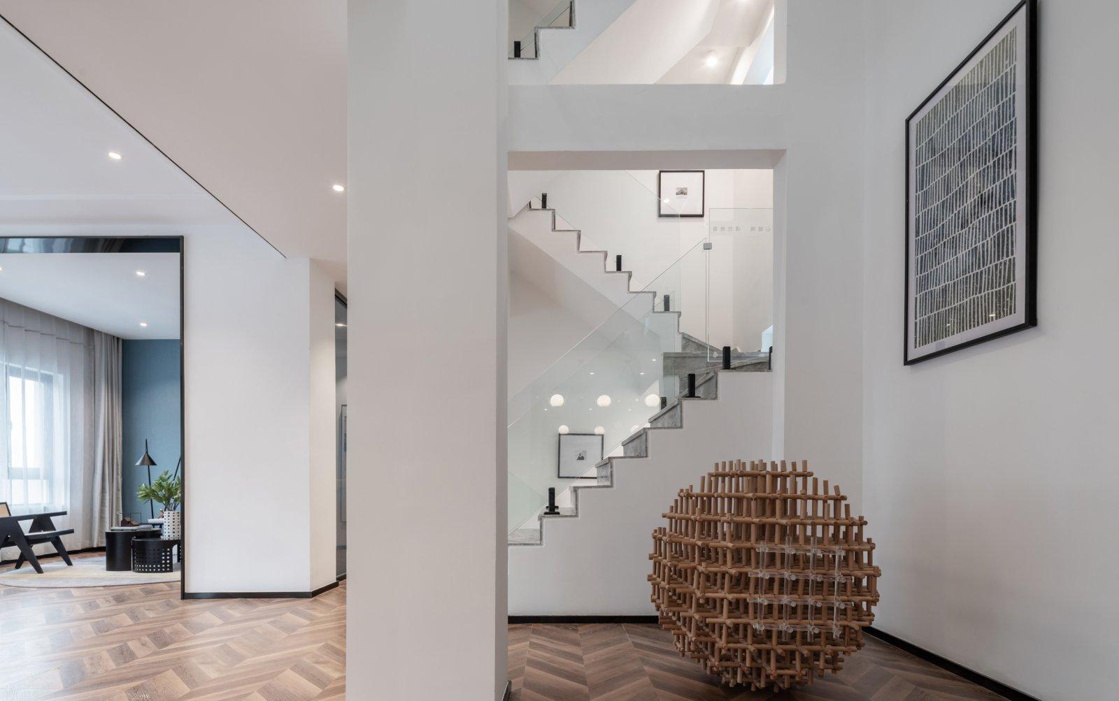 运用点、线、面元素,建筑结构美学