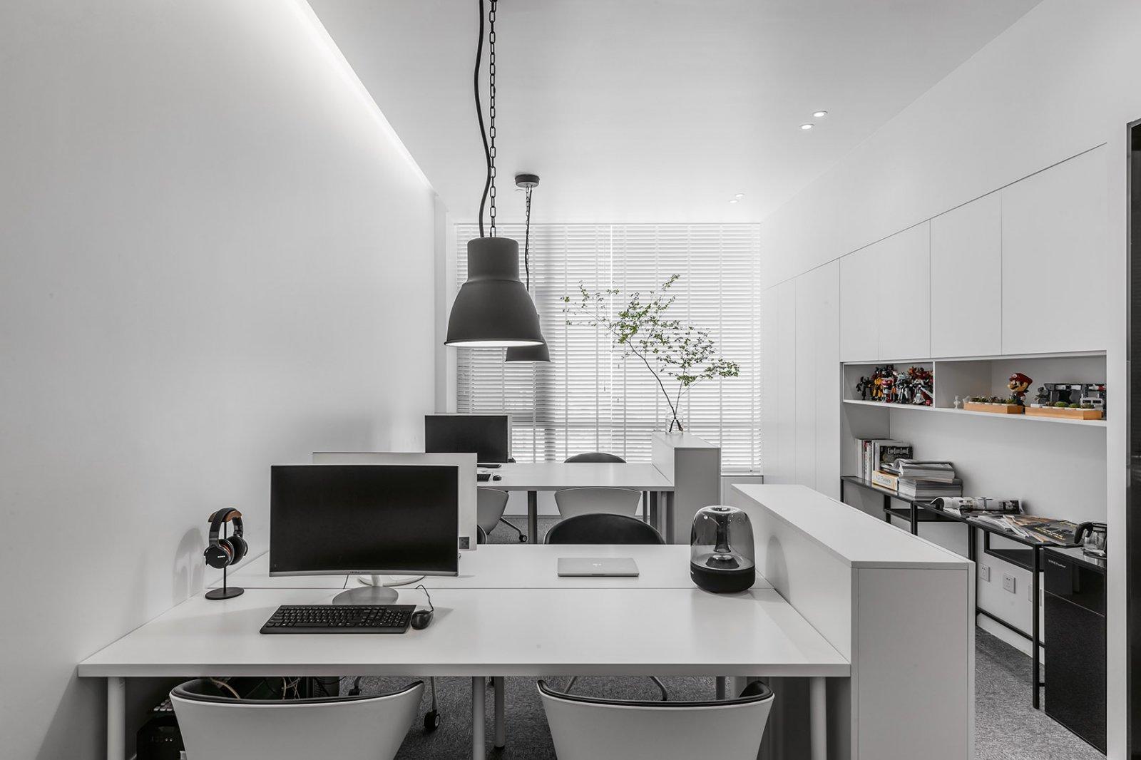 办公室设计,让极简不失调性|张勇、马鑫 - 4