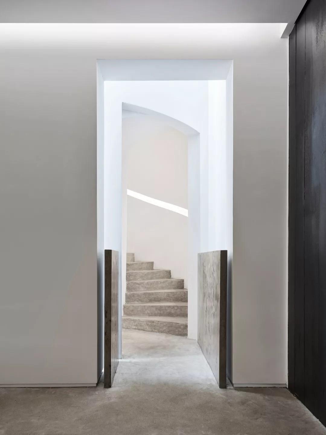 唯美现代主义别墅,白色的优雅与极致| - 9