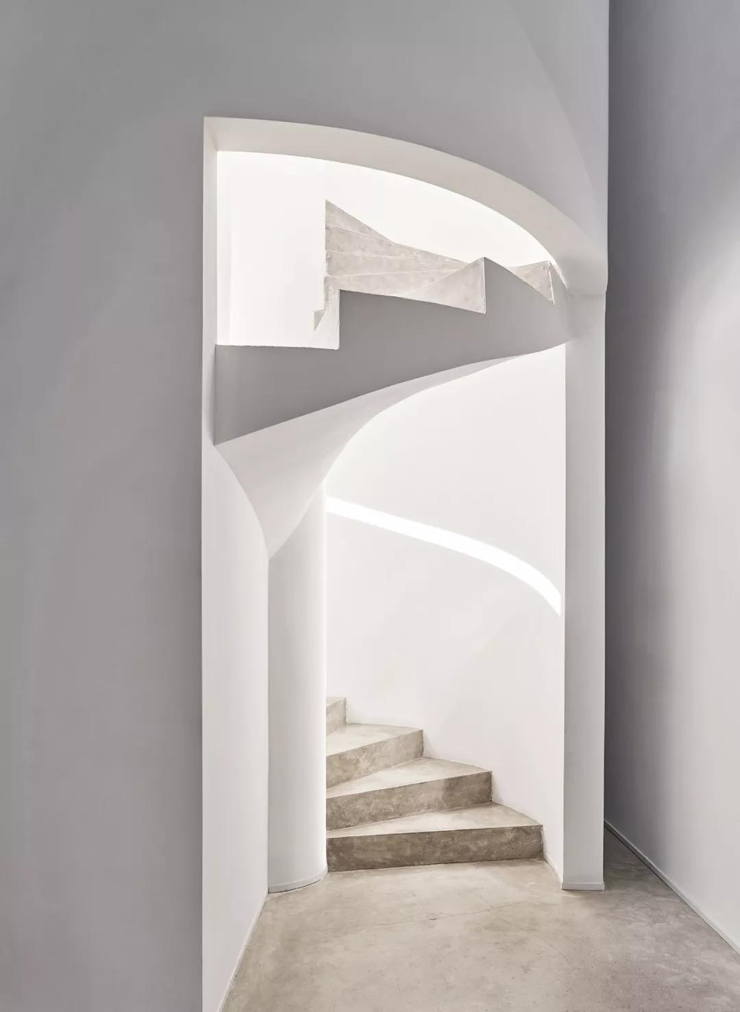 唯美现代主义别墅,白色的优雅与极致| - 14