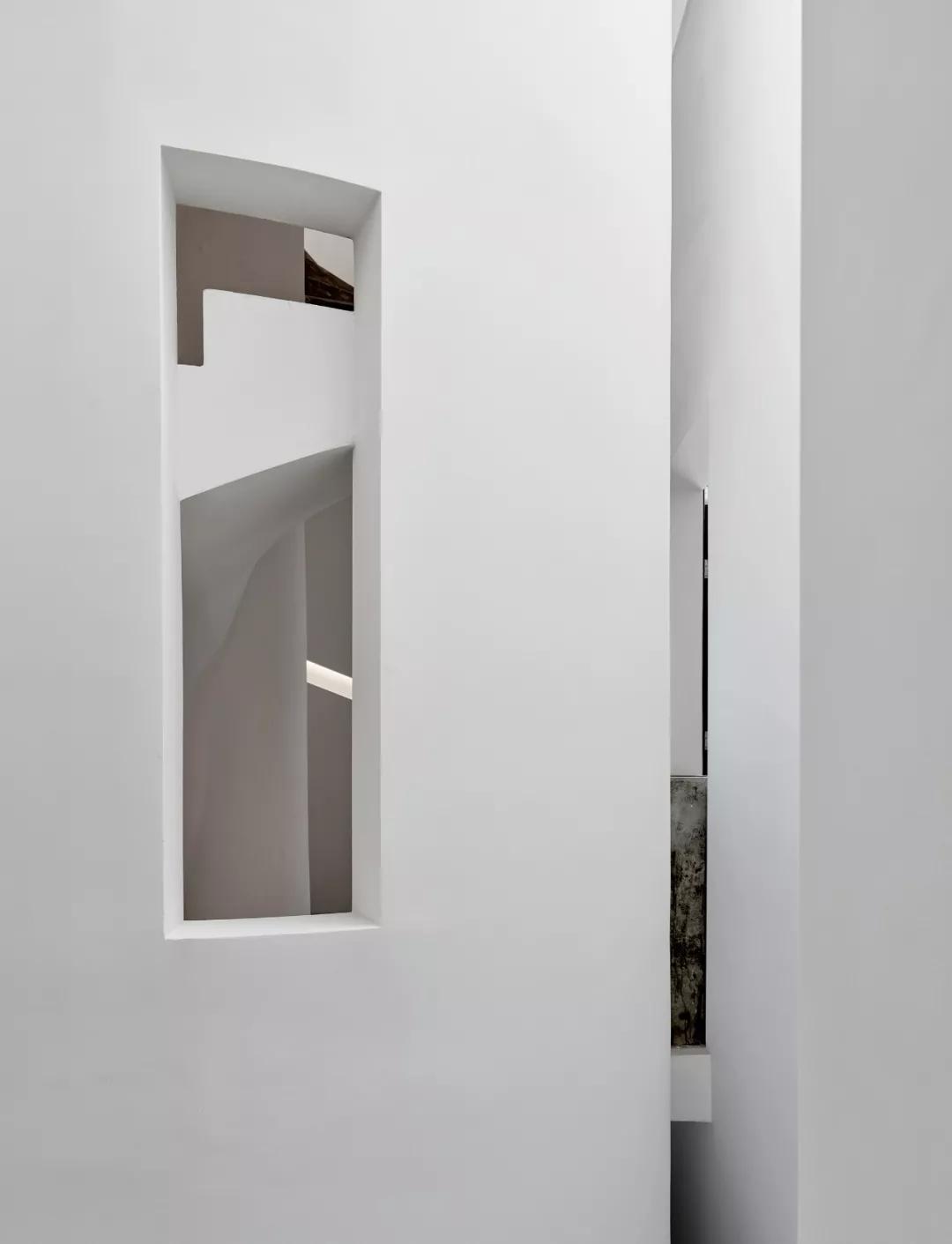 唯美现代主义别墅,白色的优雅与极致| - 17