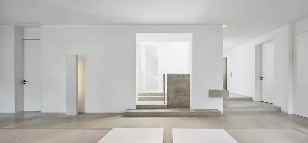 唯美现代主义别墅,白色的优雅与极致| - 20