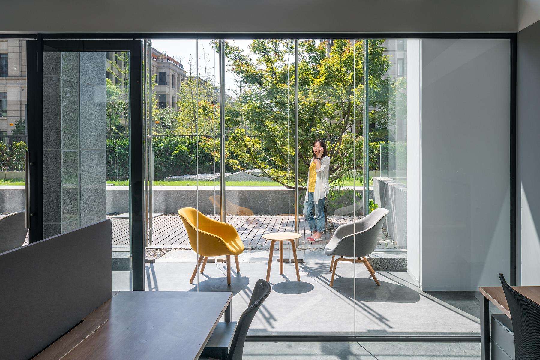 拒绝枯燥乏味!打造全新办公空间,给你家的温暖!|Gensler - 3