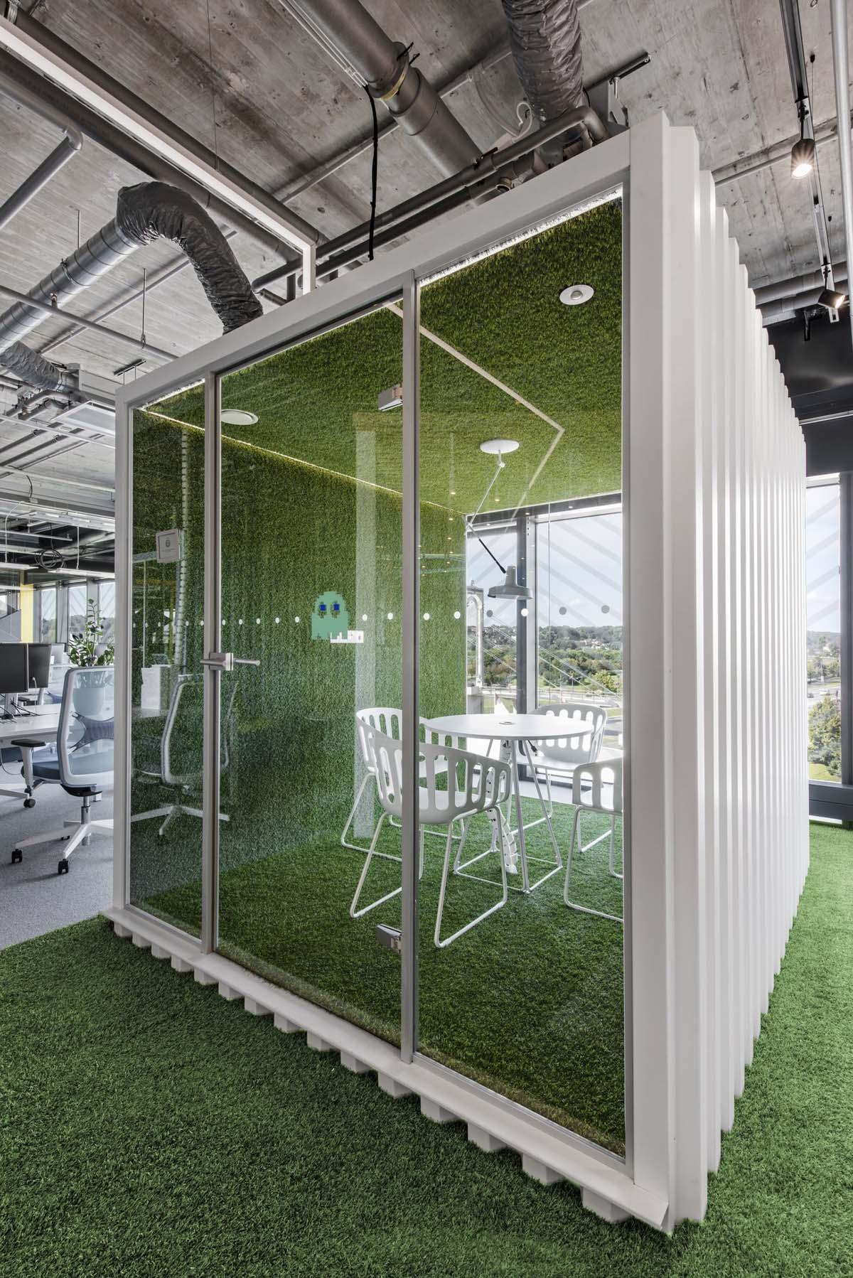 800㎡办公空间设计,精通空间布局,诠释工作态度|LAVA studio - 9
