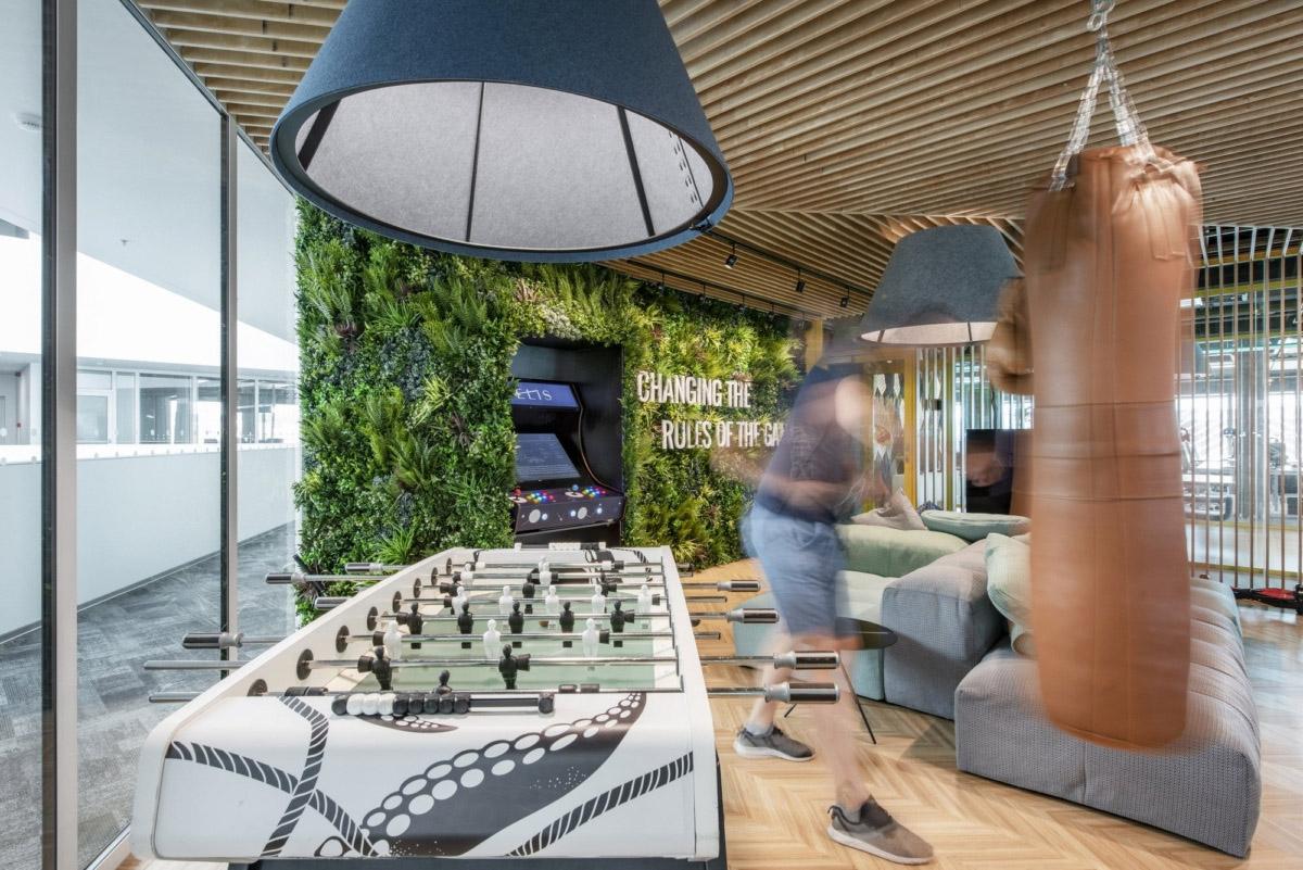800㎡办公空间设计,精通空间布局,诠释工作态度|LAVA studio - 13