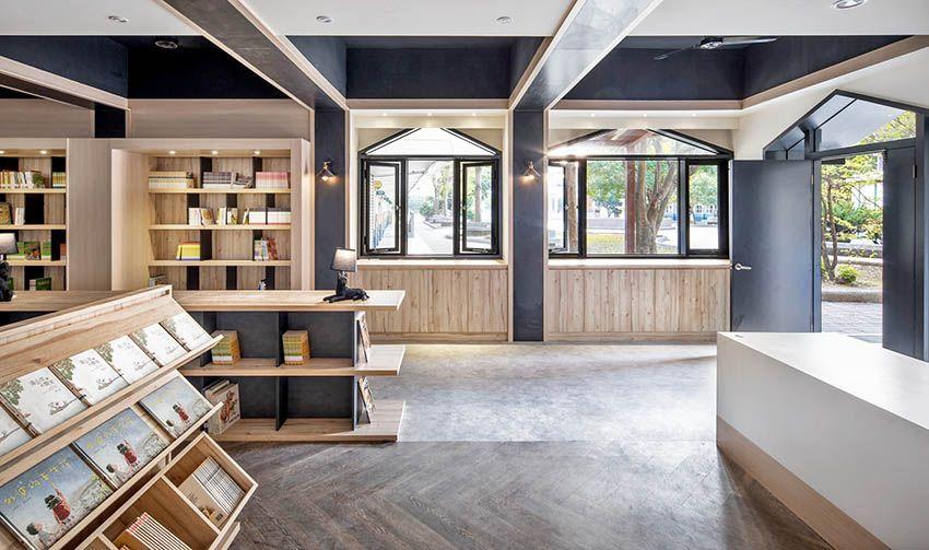 旧教室改造成南兴国小图书馆