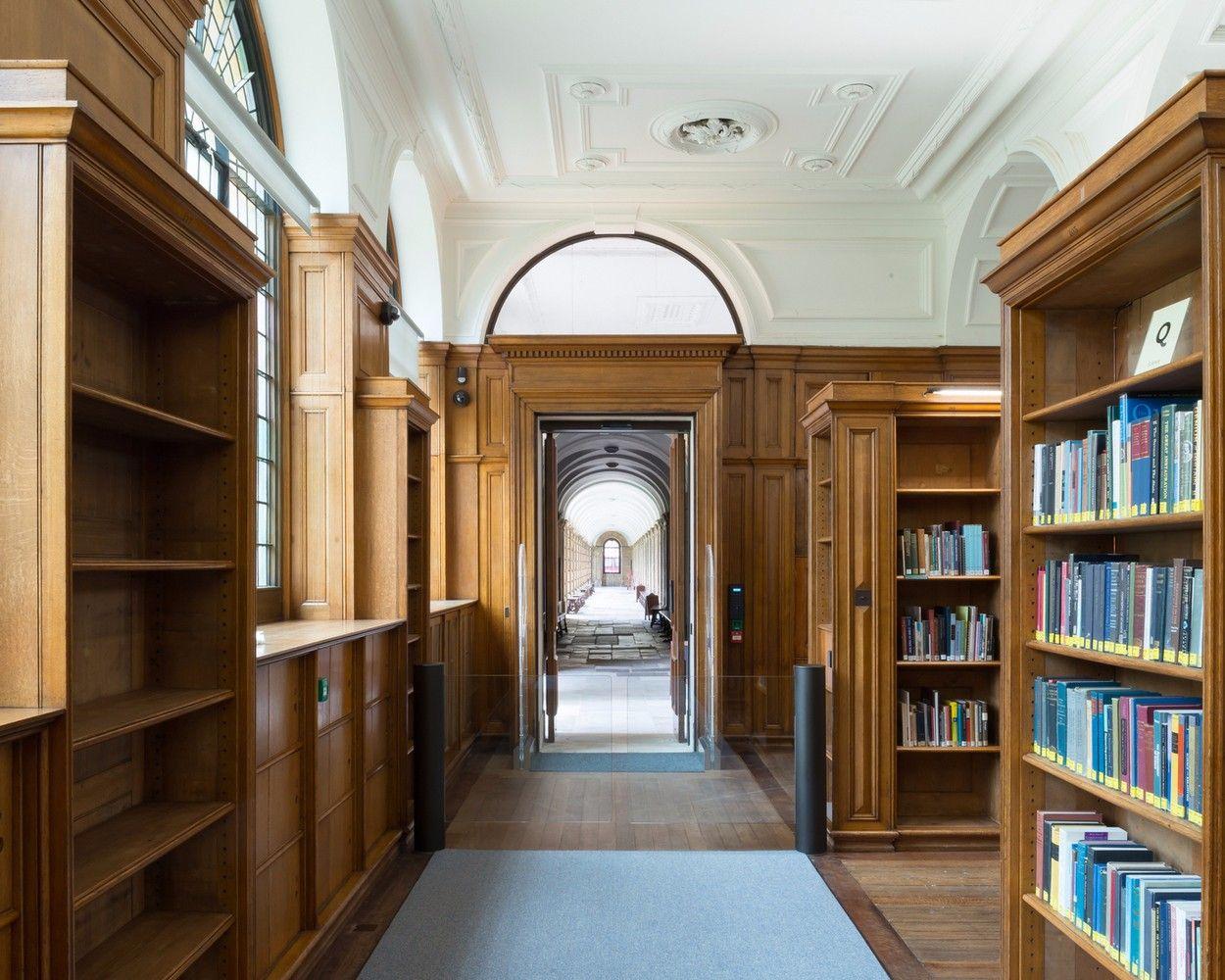 牛津大学皇后学院图书馆设计欣赏