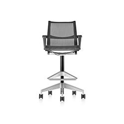 塞图高脚椅 Setu Stool 赫曼米勒 herman miller品牌 Studio 7.5 设计师