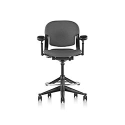 方程2高脚椅 Equa 2 Stool 赫曼米勒 herman miller品牌 Bill Stumpf 设计师