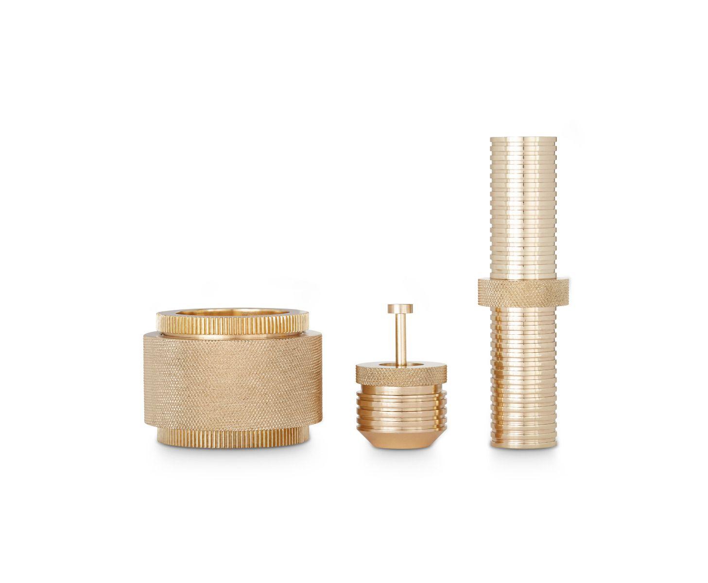 办公辅件|办公文具|创意家具|现代家居|时尚家具|设计师家具|定制家具|实木家具|齿轮黄铜小笔筒