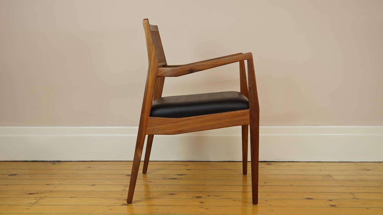 risom 椅子