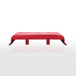 飞毯矮凳 Tappeto Volante Bench