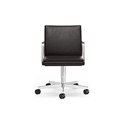乔治职员椅 GEORGE 万德诺 WALTER KNOLL品牌 EOOS 设计师