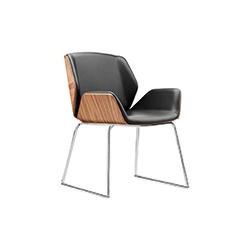 克鲁兹洽谈椅 KRUZE Chair Boss Design