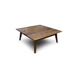 卡利斯托茶几 Callisto Table Boss Design Boss Design品牌  设计师