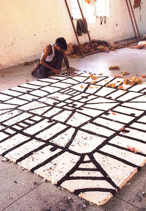 萨诺·亚美尼亚特 Xano Armenter| 丛林地狱黑白地毯 Limbo Black on white rug