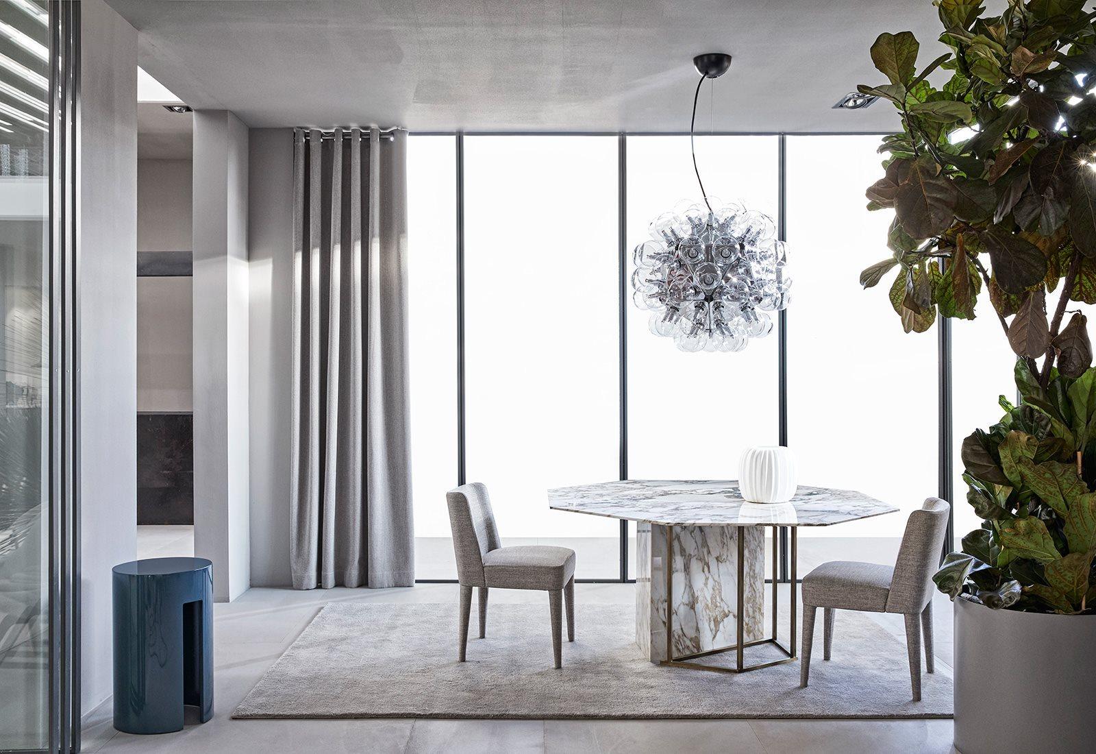 桌几|餐桌|创意家具|现代家居|时尚家具|设计师家具|定制家具|实木家具|plinto餐桌